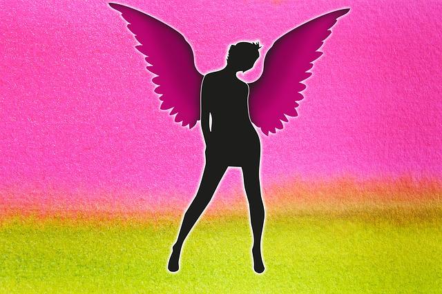 žena anděl.jpg