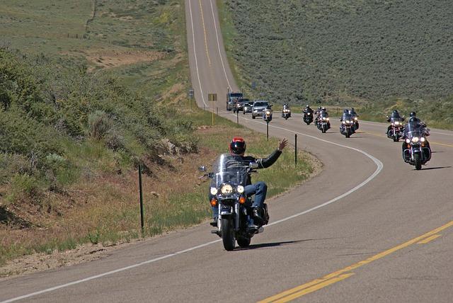 jízda motorkářů