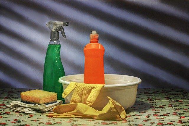 čisticí prostředky